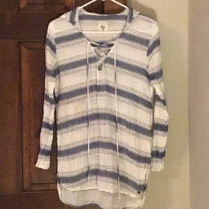 Billabong LS Blue and white coverup S/P